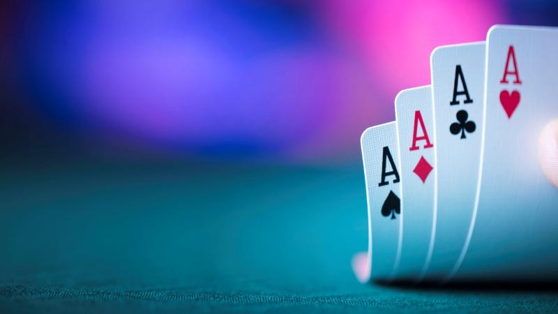 Tips Menjadi Pemain Poker Online yang Lebih Baik